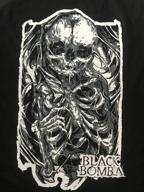 Tee shirt by Leny